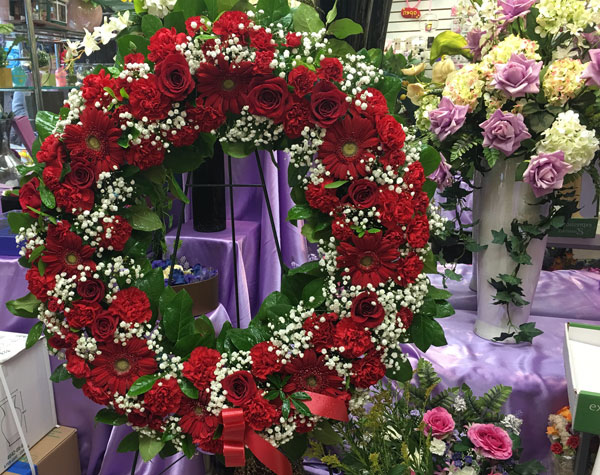 Red Flower Funeral Wreath
